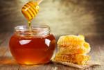 Tuyệt chiêu chữa mụn bằng mật ong hiệu quả vô cùng ngay tại nhà
