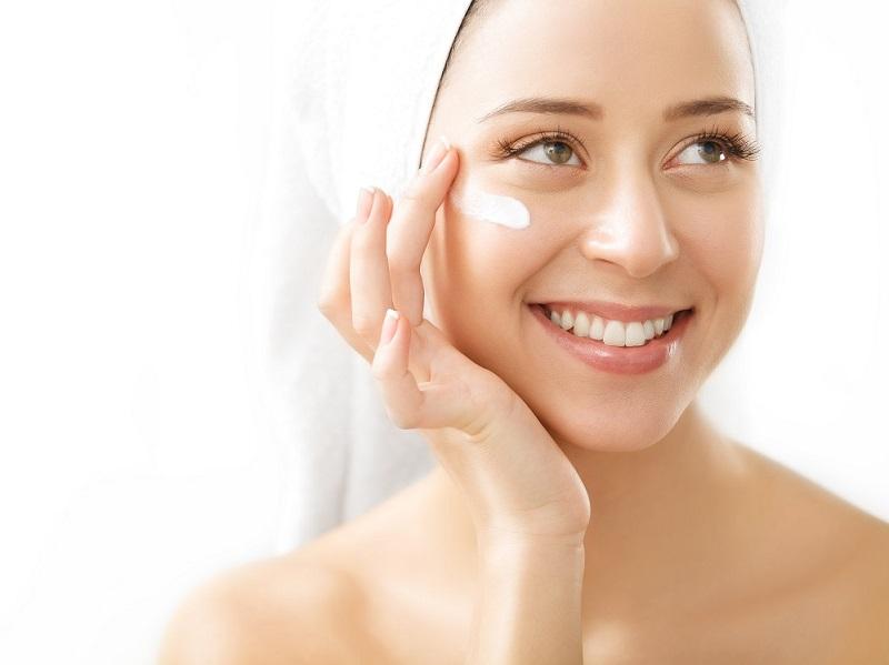 sử dụng sản phẩm chứa tranexamic acid và alpha arbutin giúp trị nám hiệu quả đến 81 %